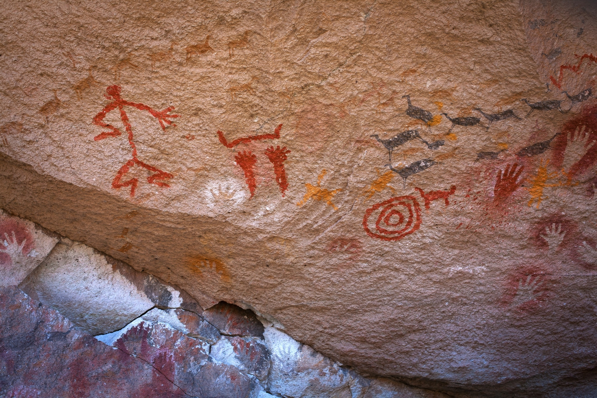 Pinturas rupestres en la Cueva de las Manos, Argentina