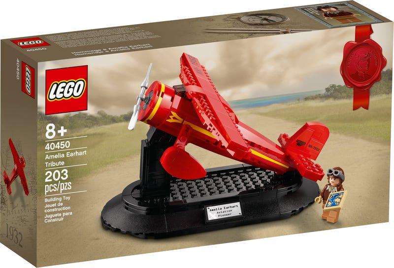 Amelia Earhart LEGO Set Box