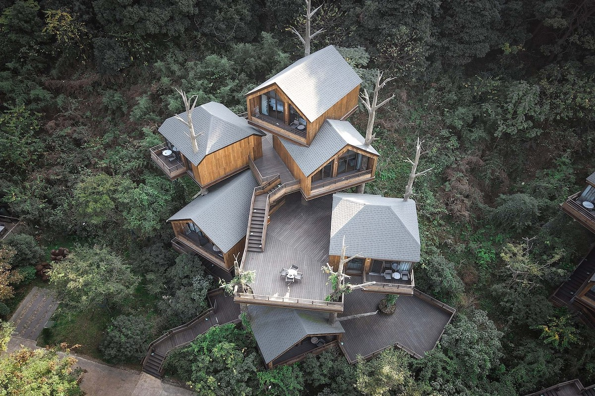 resort en casas del árbol en Hangzhou, China