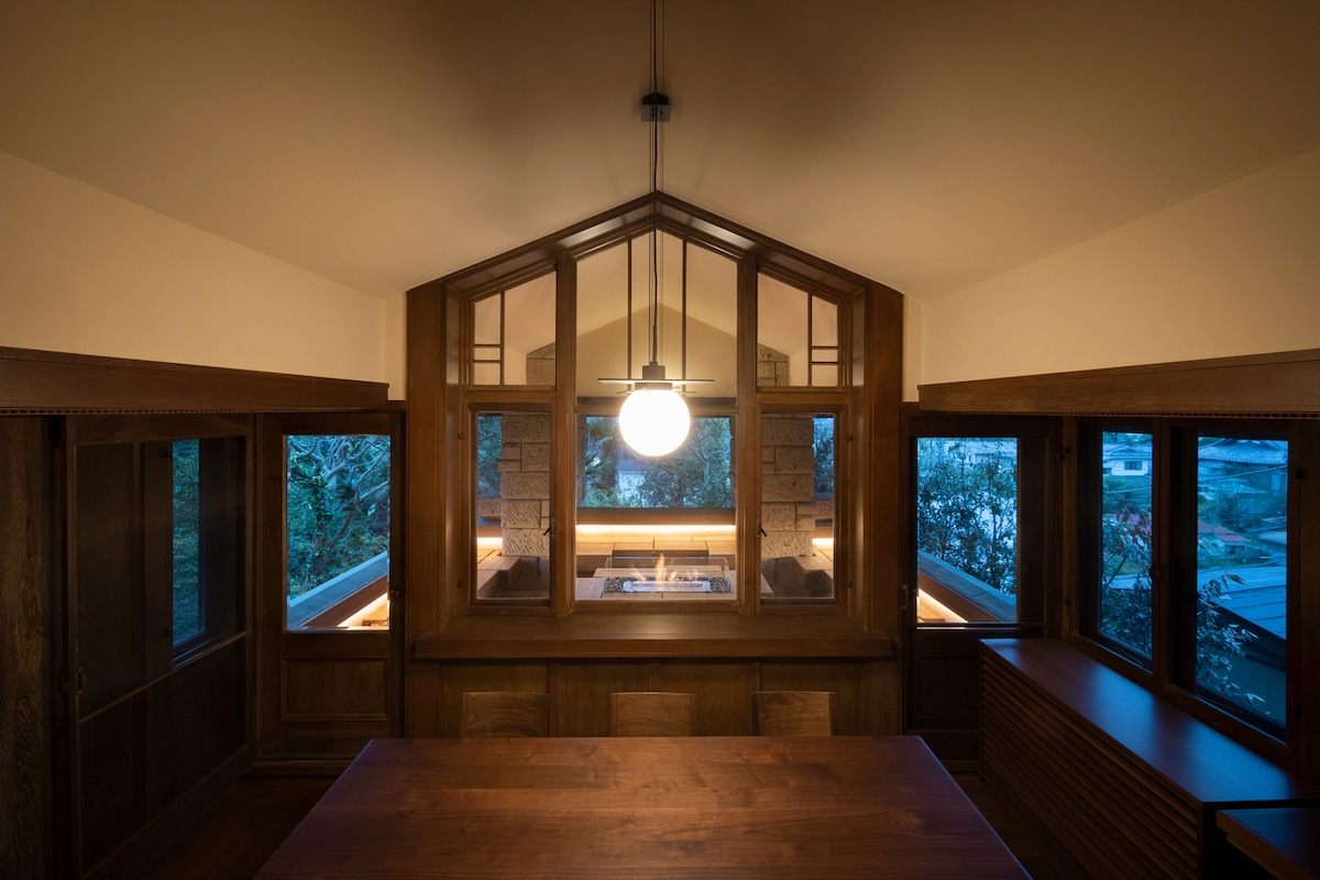 Architect's Transform One of Frank Lloyd Wright's Iconic Prairie Style Villas Into a Hotel