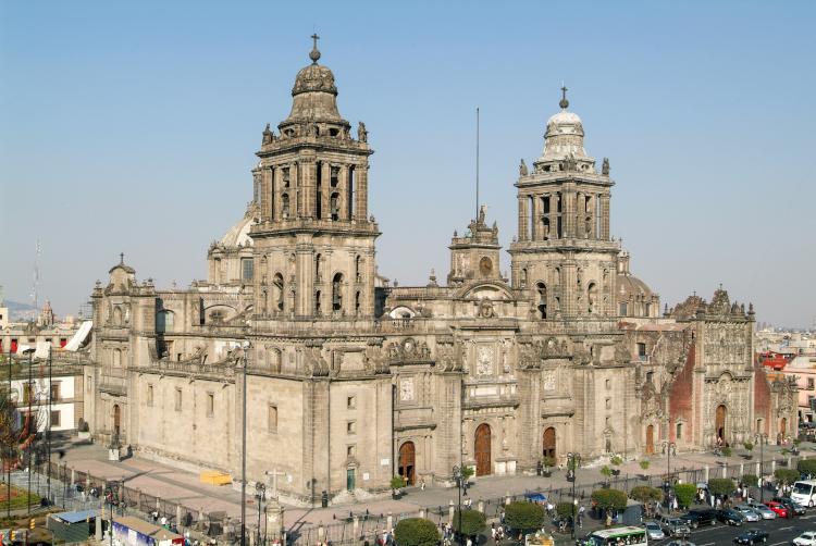 catedral metropolitana de la ciudad de mexico concluida por manuel tolsá