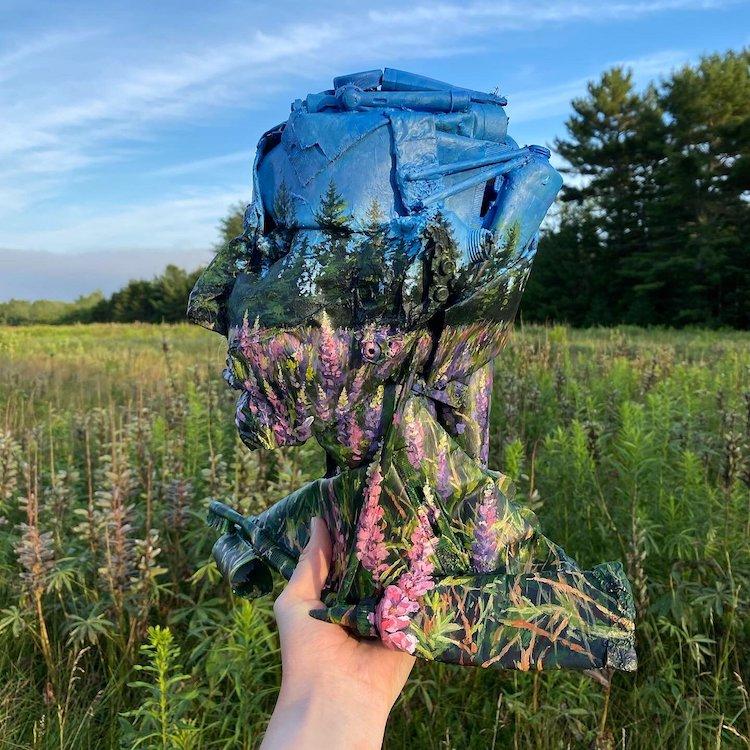Pinturas de paisajes sobre objetos desechados por Mariah Reading