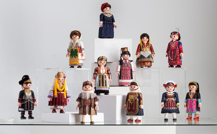 muñecos Playmobil petros kaminiotis playmogreek greek folk dance playmobil 6