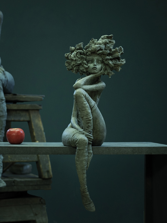 Esculturas de bronce de mujeres por Valerie Hadida