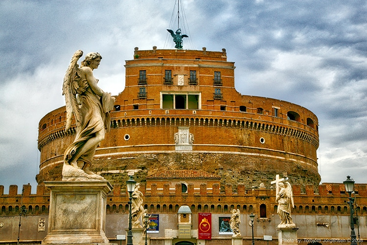 Castel Sant'Angelo POpe Used Bronze For Canons
