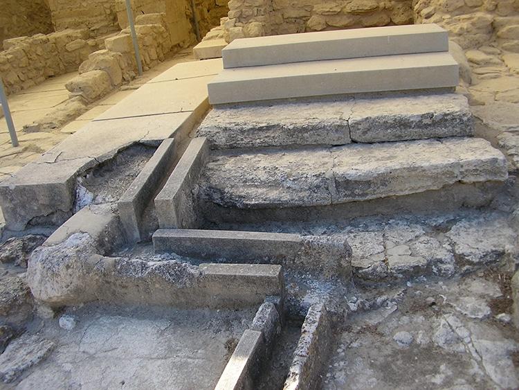 Sewers Bronze Age Palace