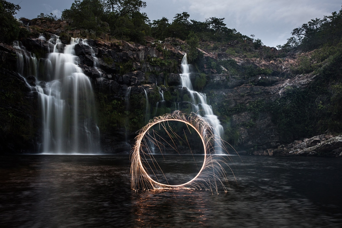 Vitor Schietti Impermanent Sculptures Light Painting Photography