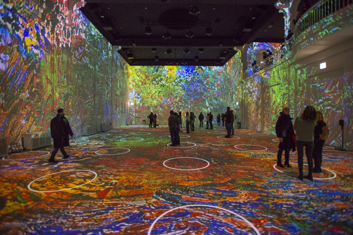 Immersive Van Gogh Exhibition Chicago