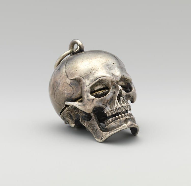 Skull Watch by Isaac Penard