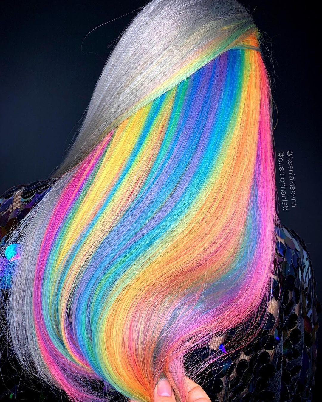 cabello de muchos colores