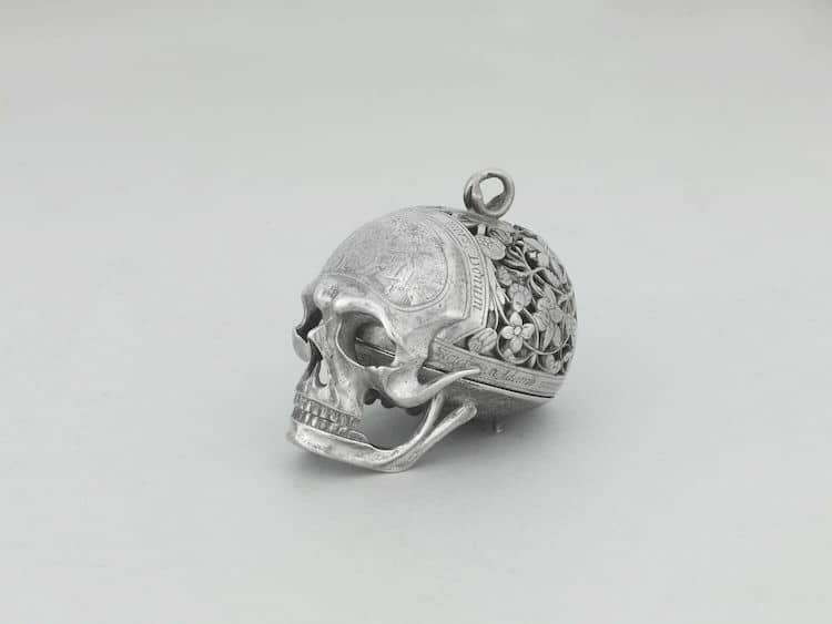 Skull Watch Louvre
