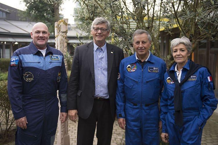 Les astronautes André Kuipers, Jean-Jacques Favier, Michel Tognini et Claudie Haigneré