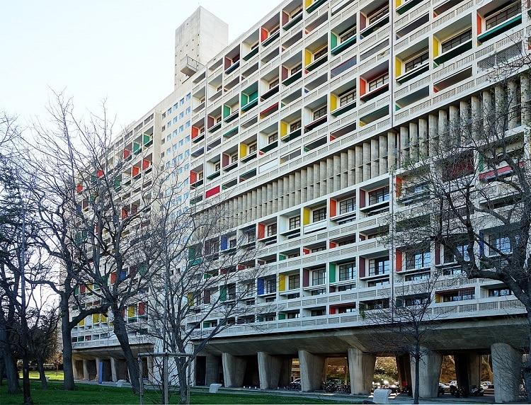 façade de la cité radieuse de marseille