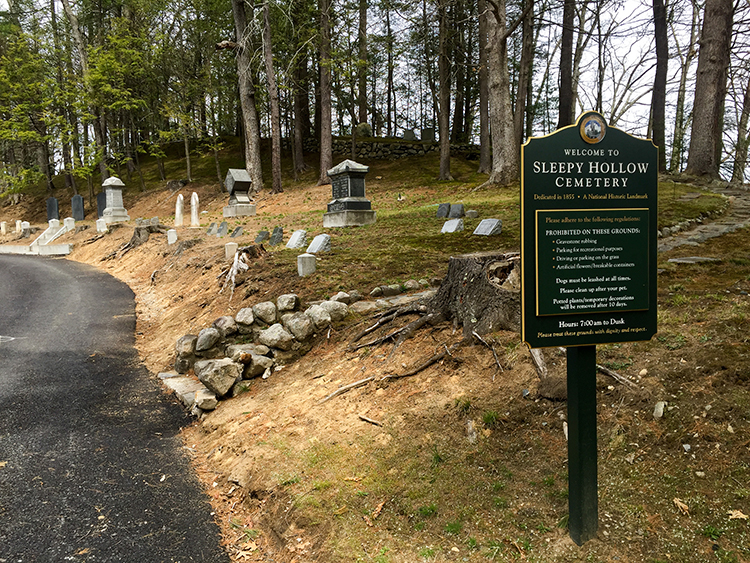 Sleepy Hollow Cemetery welcome sign (Concord, Massachusetts)