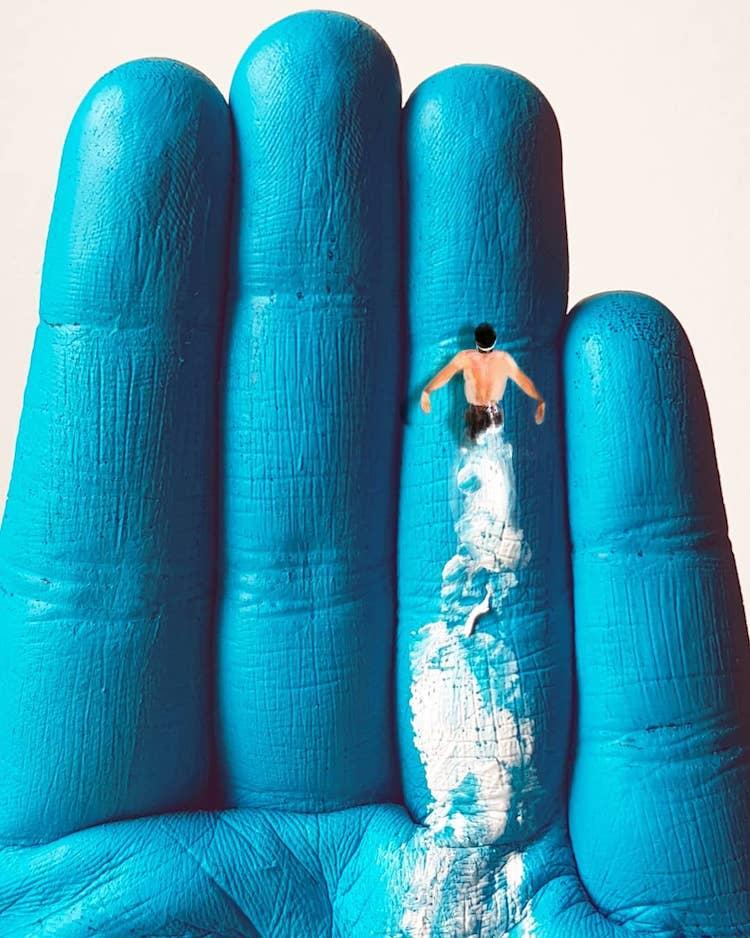 Pinturas sobre manos por Golsa Golchini
