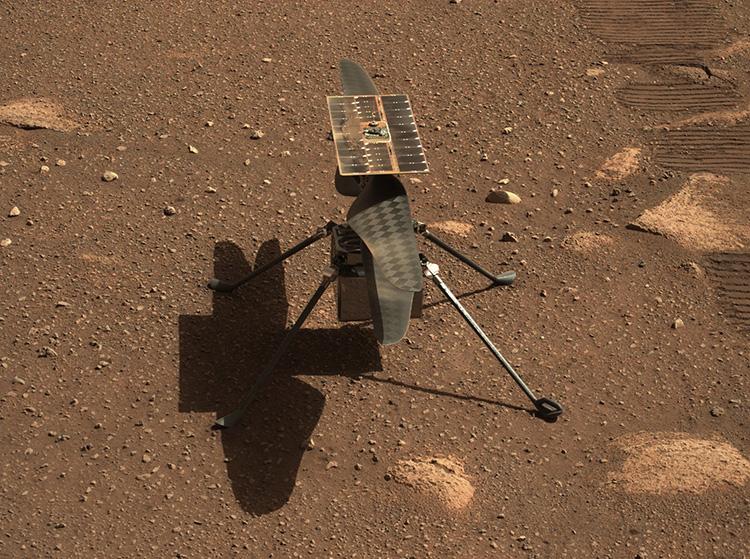 Bruit des lames de l'hélicoptère Mars Ingenuity de la NASA depuis Mars Rover Perseverance