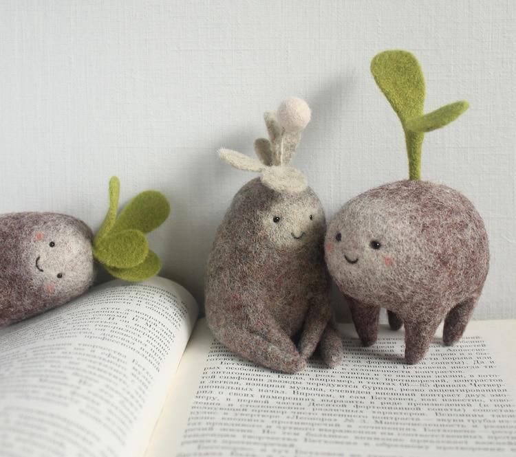 Criaturas de fieltro de Natasya Shuljak