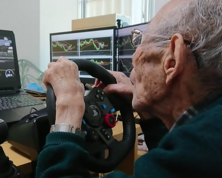 93-Year-Old Man Drives His Old Car In A Video Game