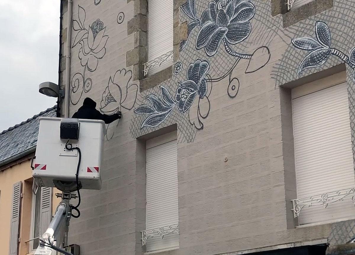 Street Artist NeSpoon Painting in France