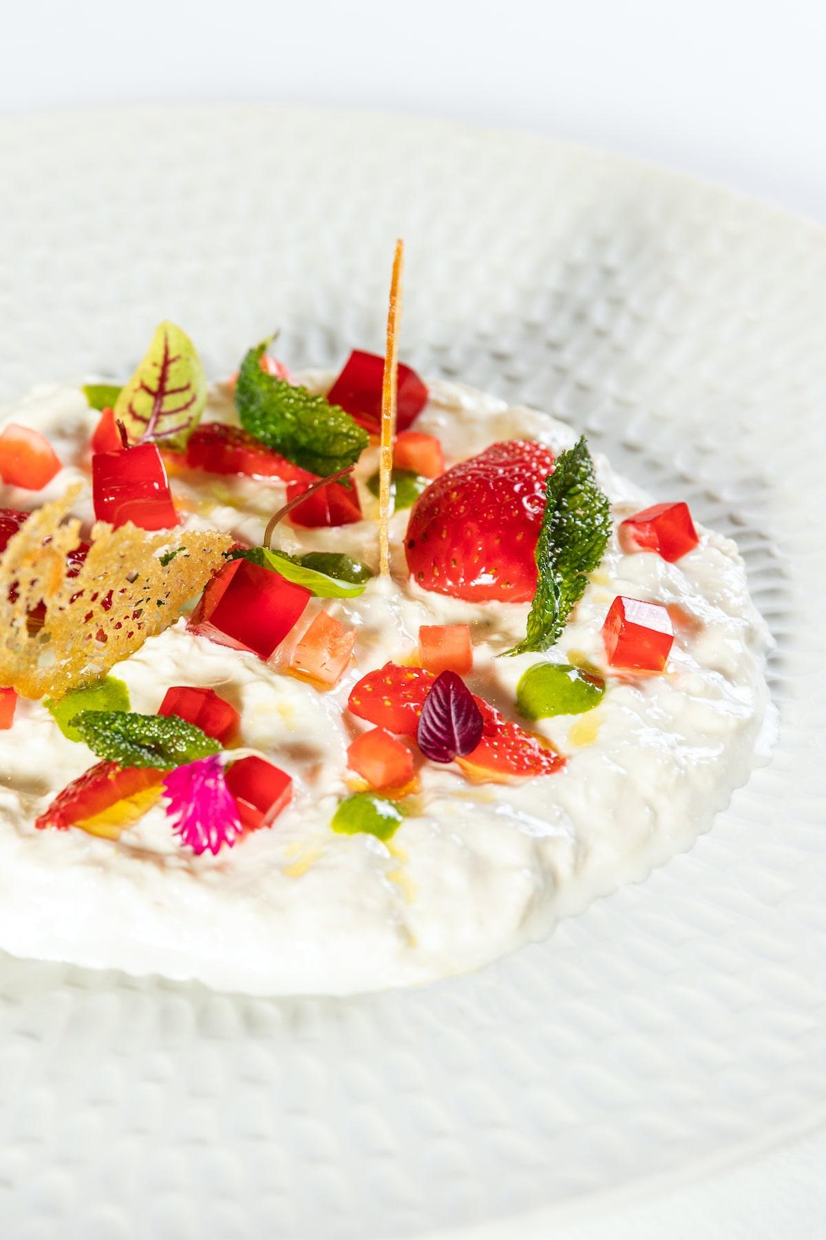 Menú de estrella Michelin en la Casa Vicens de Antoni Gaudí en Airbnb