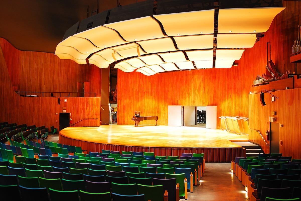 Kresge Auditorium by Eero Saarinen