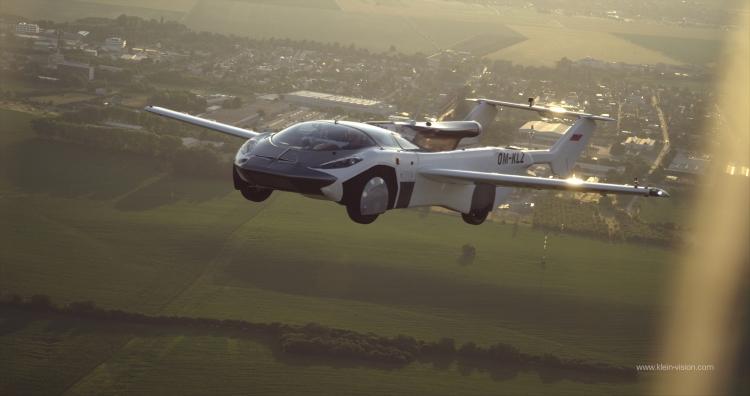 AirCar Flying Car by Klein Vision