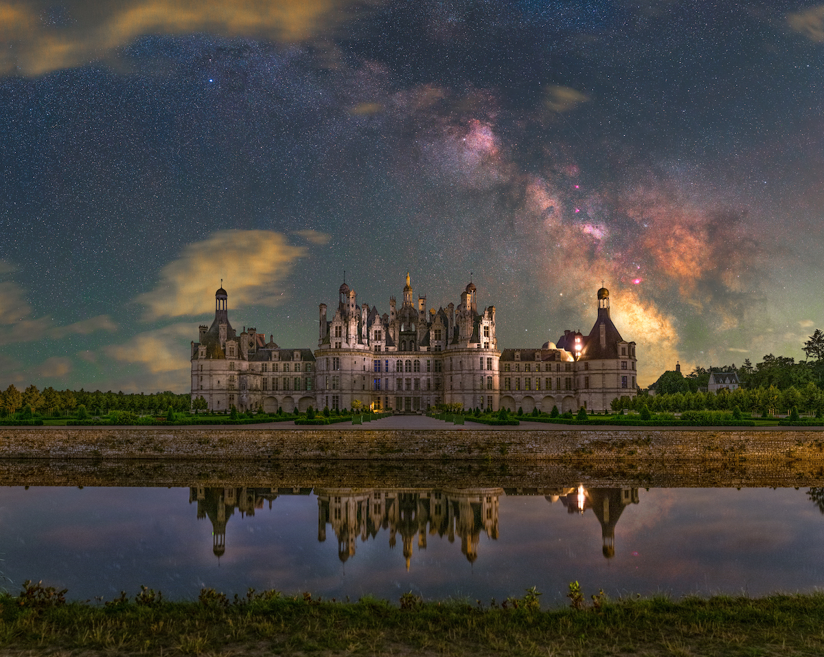 étoiles au-dessus du Château de Chambord en France