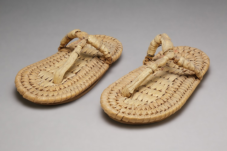 Leather child's sandals