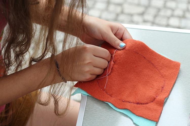 Hand Sewing Easy DIY