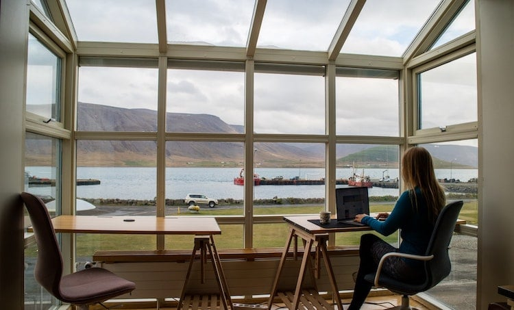 Iceland People Four Day Work Week Proposal
