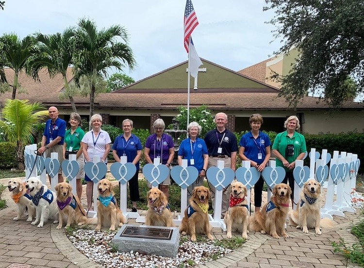 LCC Canine Comfort Team of Golden Retrievers