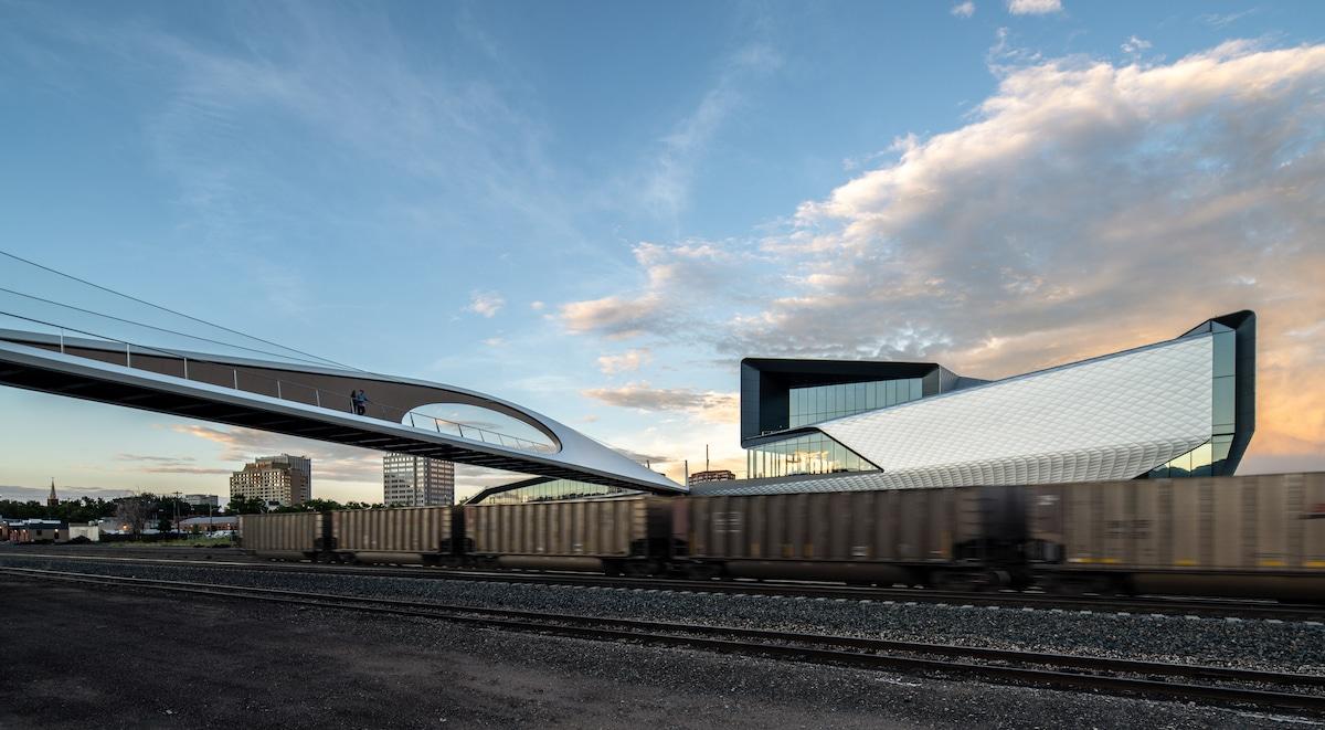 Overview of Park Union Bridge by Diller Scofidio + Renfro