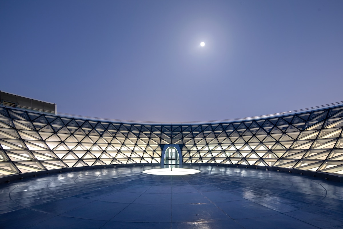 Moon overhead the Shanghai Astronomy Museum by Ennead Architects, Captured by Arch-Exist