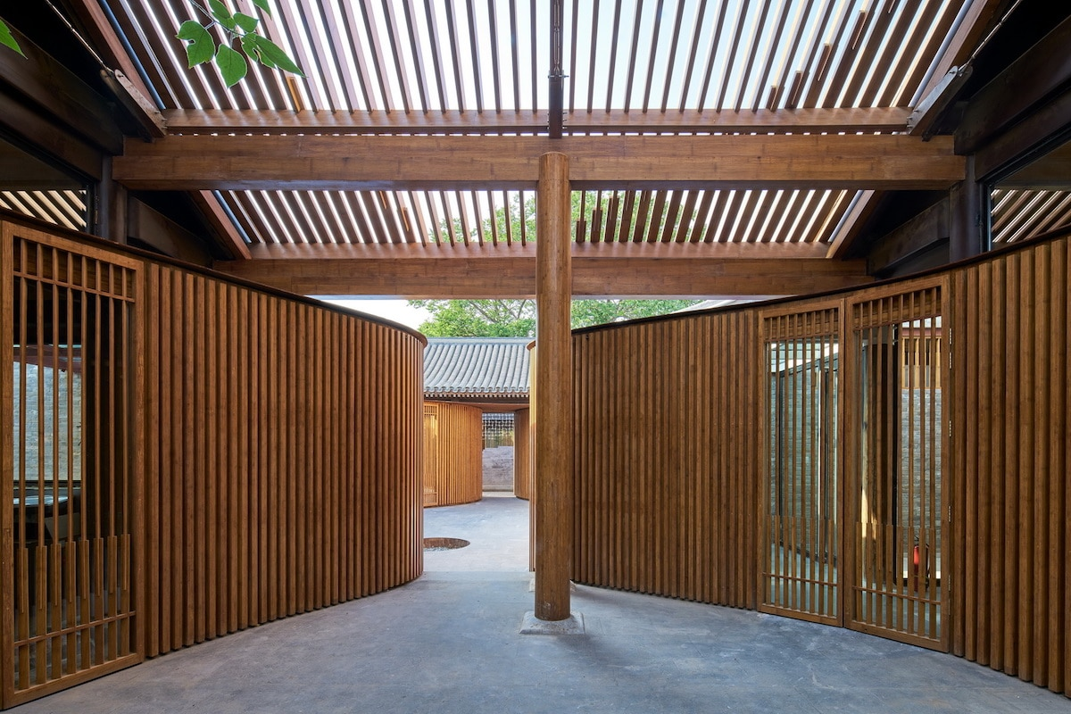 Interior of the Renovated Traditional Hutong completed by Urbanus