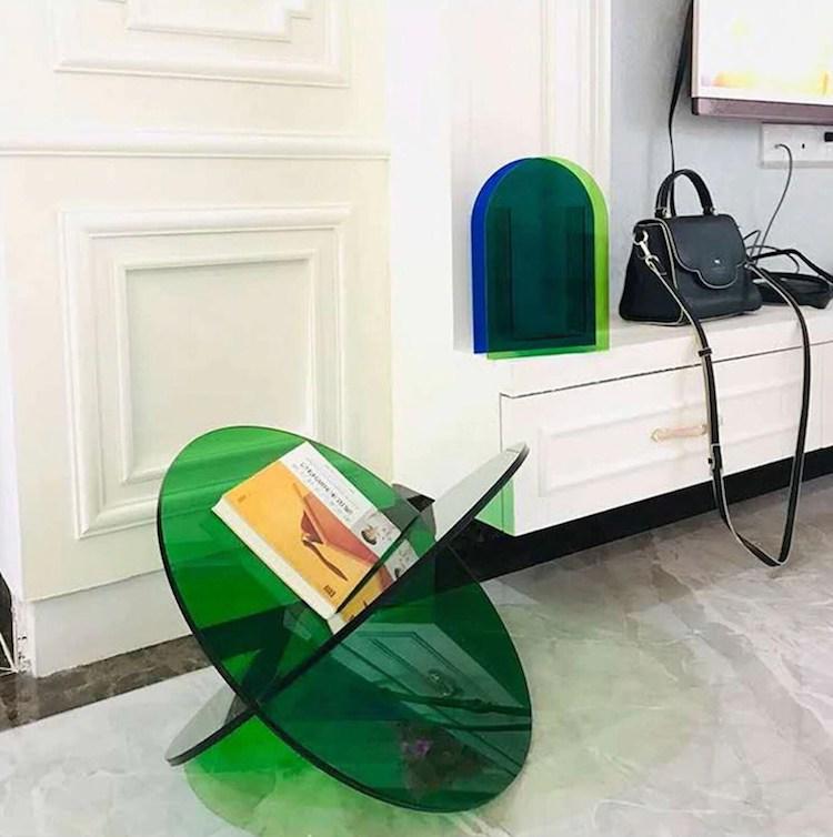 Mesa para revistas minimalista