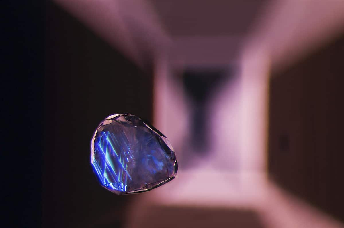 Photomicrography of Spinel Gemstone