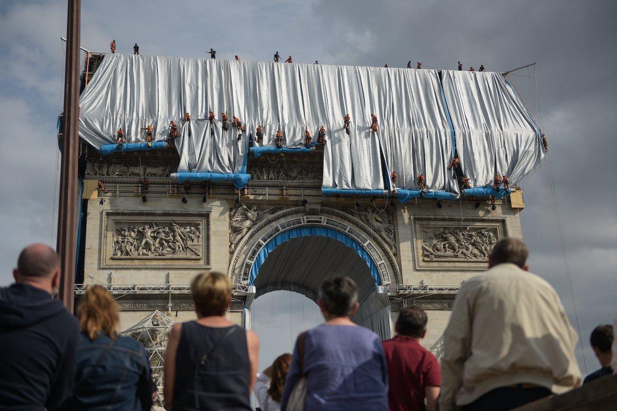 Arc de Triomphe Wrapped par Christo et Jeanne-Claude
