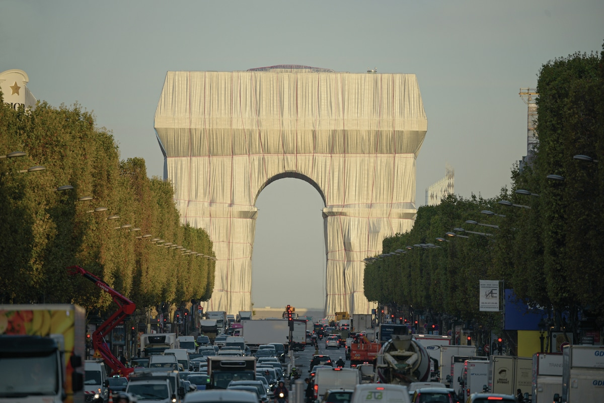 Arc de Triomphe Wrapped par Arists Christo et Jeanne-Claude