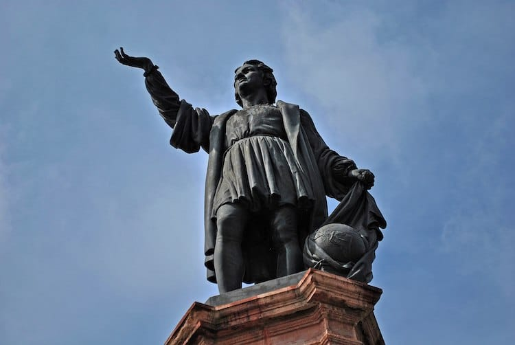 Christopher Columbus Statue Removed in Mexico City