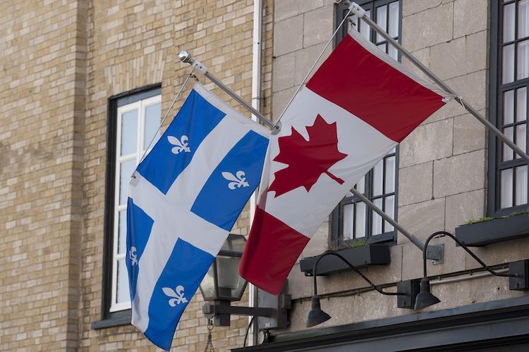 drapeau Québec et Canada