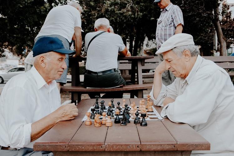 Seniors par Vlad Sargu