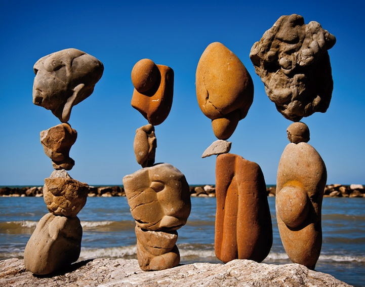 Met Art Calendar : Amazingly creative examples of environmental art