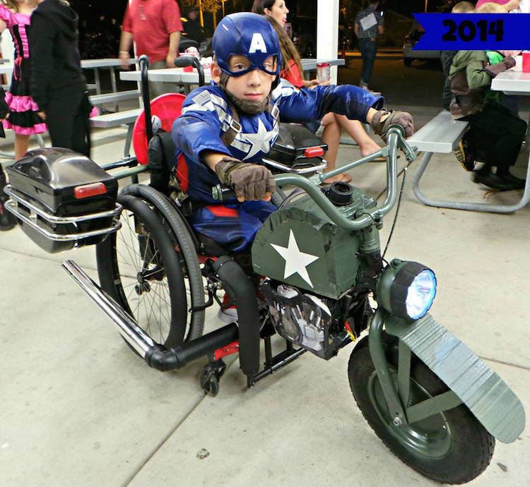 Father Hooks Up Son's Wheelchair Into Captain America Halloween Costume