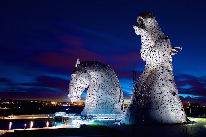 Enormous Horse Head Sculptures Illuminate The Scottish Skyline At - Amazing horse head sculpture lights scottish skyline