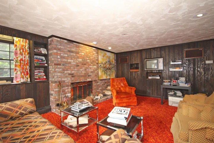 untouched 1970s house preserved as psychedelic time capsule now for sale rh mymodernmet com 1970s houses for sale uk 1970s house prices
