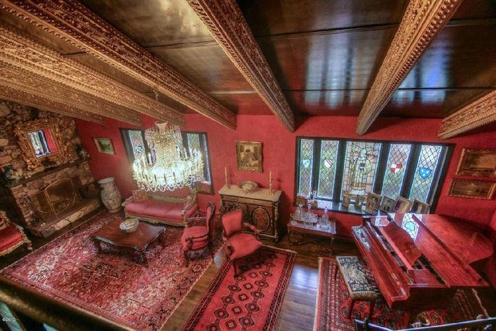 Ordinary Suburban Home Is Hiding A Luxurious Renaissance