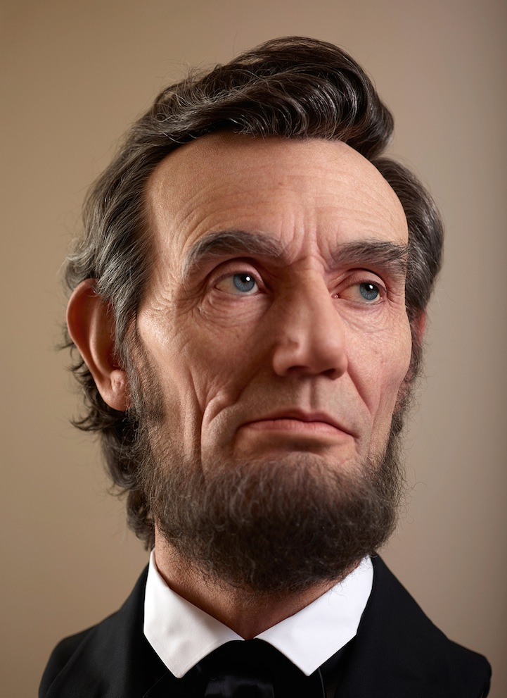 70ed313dacd18 Shockingly Realistic Sculpture Portrays Abraham Lincoln