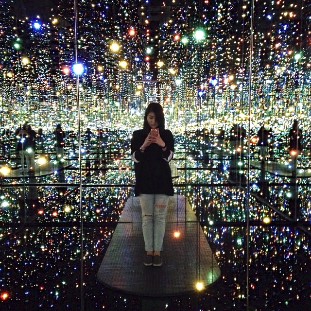 yayoi kusama infinity room. New Yayoi Kusama Infinity Room at David Zwirner in New York