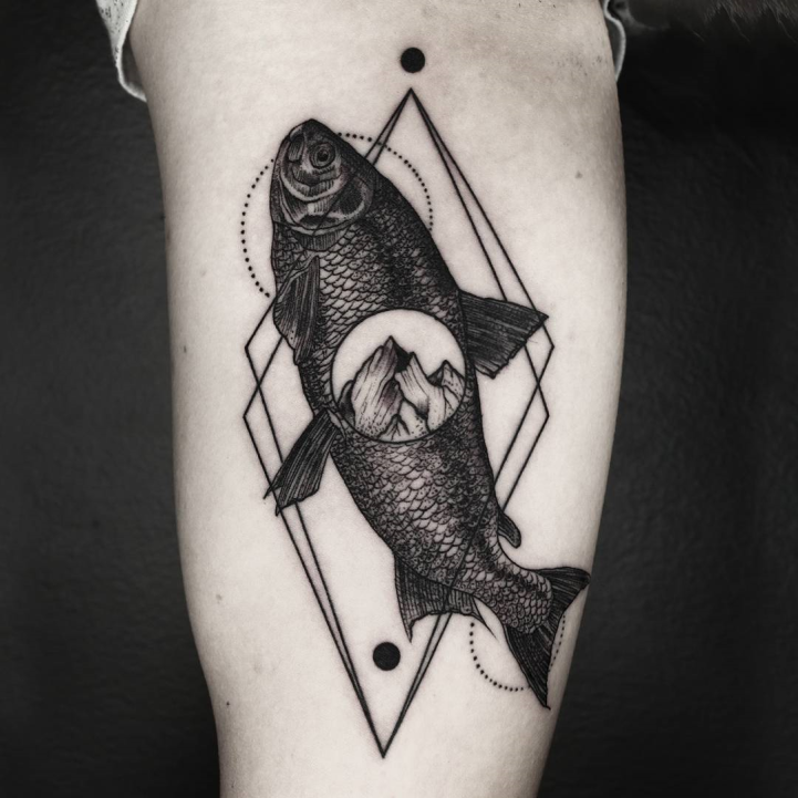 Artist Combines Naturalism With Geometry To Create Beautifully Surreal Tattoos