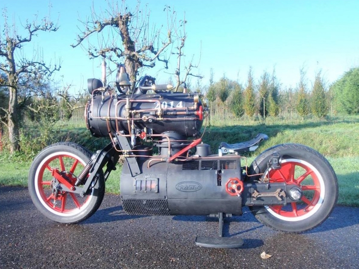 Custom Steam Engine Powered Motorcycle Looks Straight Out Of A Sci Fi  Fantasy